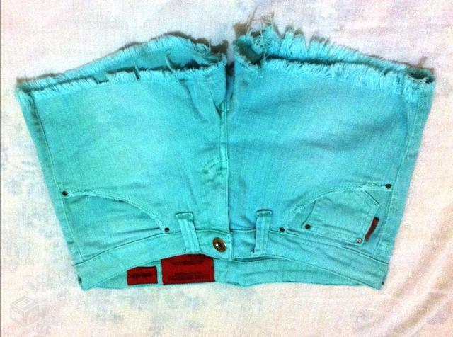 Shorts Color Ellus - R$