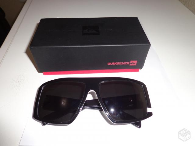 984b9848b62db Óculos de Sol Quiksilver The Empire Black White - R