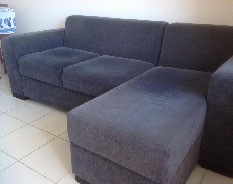 Sofa retratil 3 lugares em tecido chenile cinza chumbo for Sofa 03 lugares com chaise