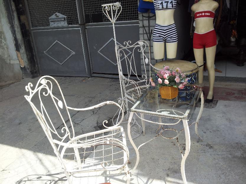 mesa para jardim e varanda:de ferro de varanda lindo conjunto de cadeiras e mesa de varanda de