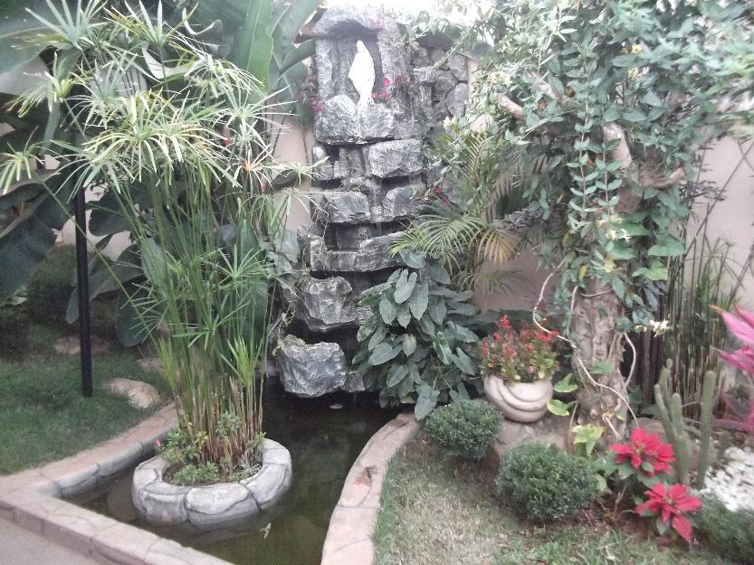 Cascatas em jardins de inverno vazlon brasil for Grutas para jardines pequenos