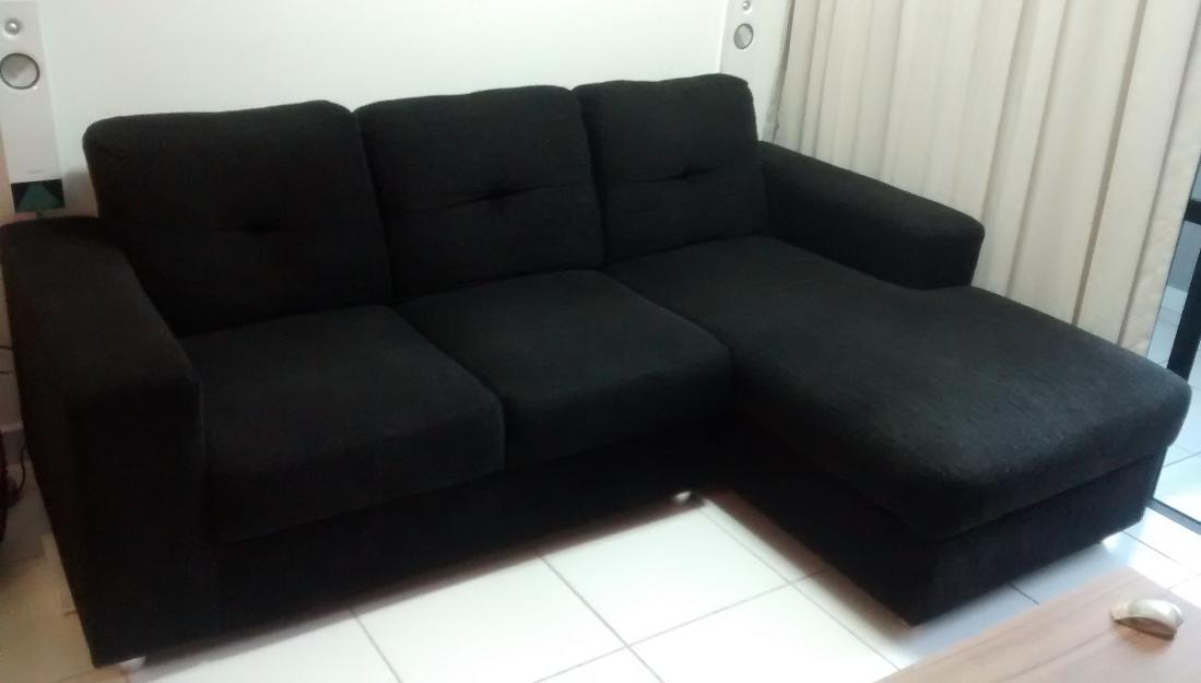 Sofa em chenille 3 lugares com chaise e puff bau vazlon for Sofa 03 lugares com chaise