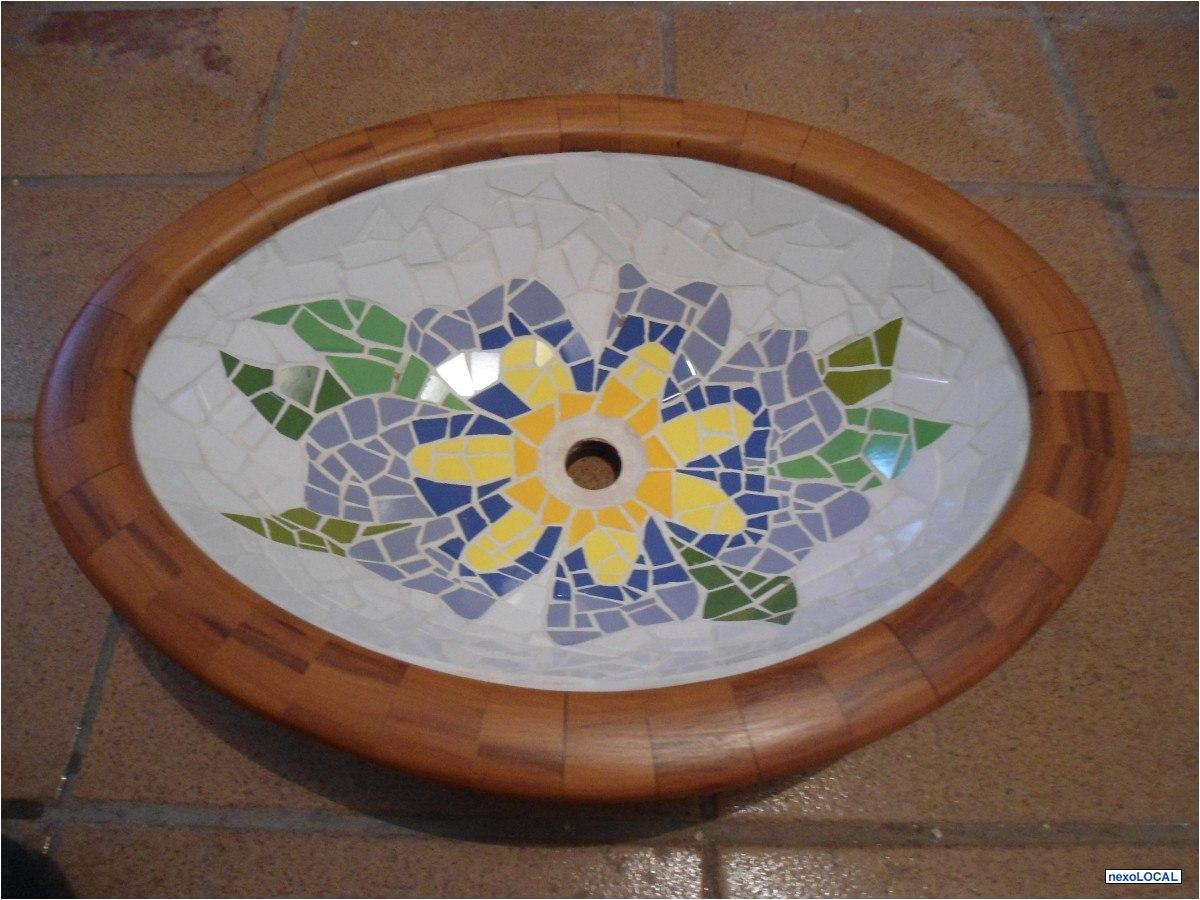 em madeira cotia cuba de apodio redonda mosaico revestida em madeira #A47C27 1200 900