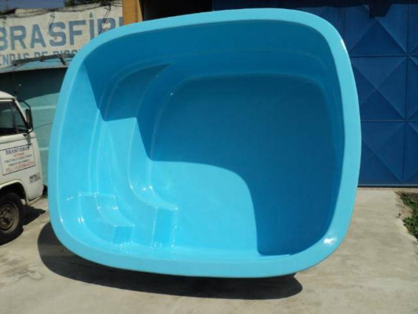 Piscinas de fibra direto da fabrica volta redonda volta for Fabrica piscinas de fibra