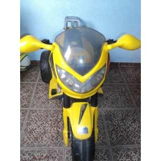 Moto Eletrica Amarela 6v Magic Toys