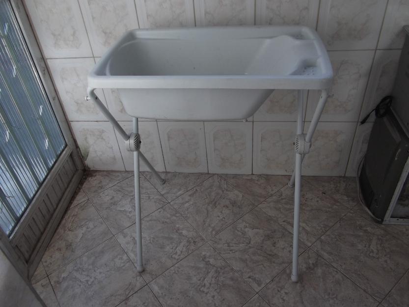 decoracao branca azul aracatuba:banheira para crianca especial em excelente estad