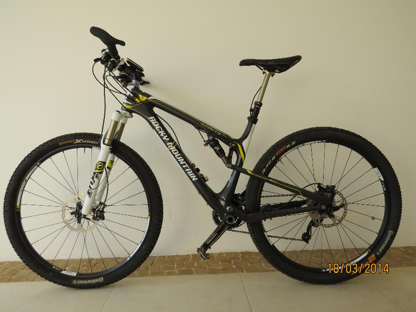 Montain Bike, Rocky Mountain, aro , Full, Carbono, n