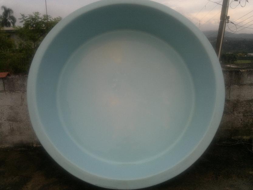 Piscina de fibra redonda usada vazlon brasil for Piscina redonda grande