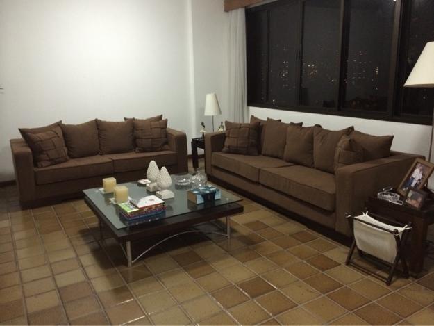 2 sofas usados muito barato recife vazlon brasil for Sofas baratos usados