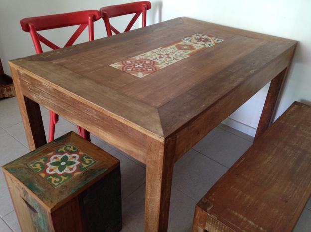 Conjunto de mesa varanda com poltrona e banco vazlon brasil - Mesas de azulejos ...