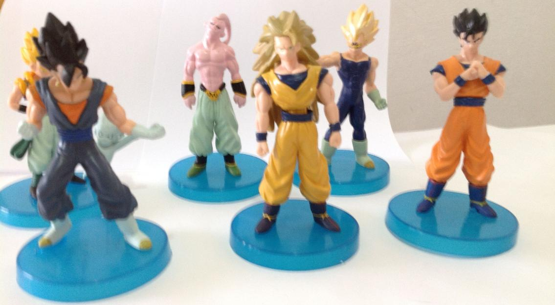 Set 6 Bonecos Dragon Ball, com base azul