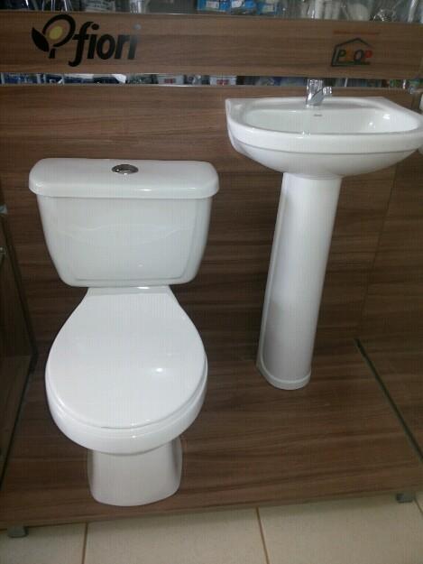 Jogo De Banheiro Completo : Jogo de banheiro com caixa acoplada vazlon brasil
