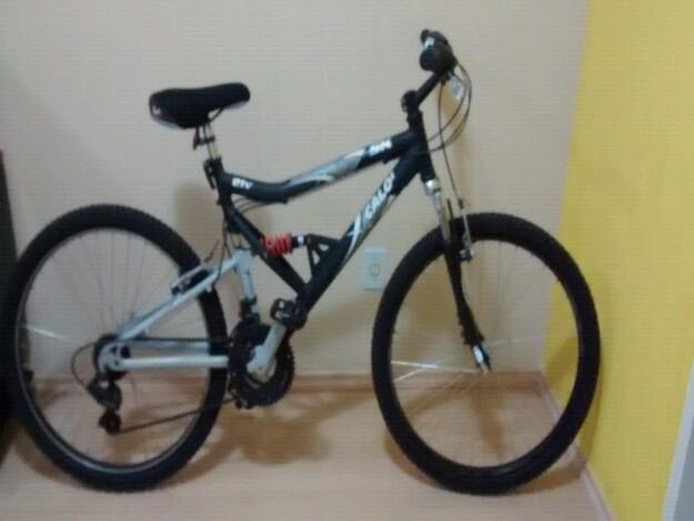 Bicicleta caloi full suspension