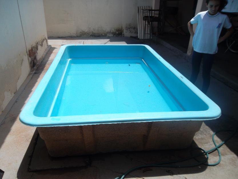 Piscina de fibra semi nova medindo xx oval com vazlon brasil for Vendo piscina de fibra