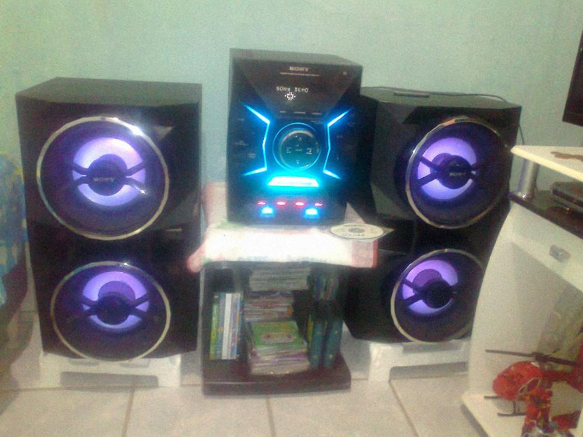 Pagina 8 further Mini System Rms   Bluetooth R together with  on mini system philips nx5 pro ntrx505x 78 torre vertical