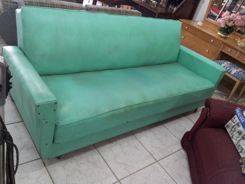 Sofa antigo pe palito madeira macica modelo anos 60 - Sofa cama original ...