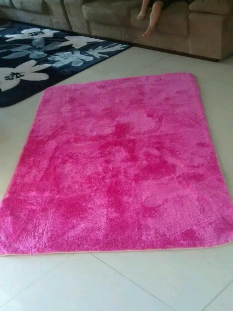 Belissimo tapete pink vazlon brasil for Tapete pink