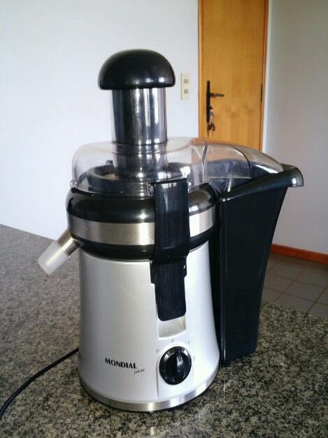 Slow Juicer Da Mondial : centrifuga power juicer homestar hs vazlon Brasil