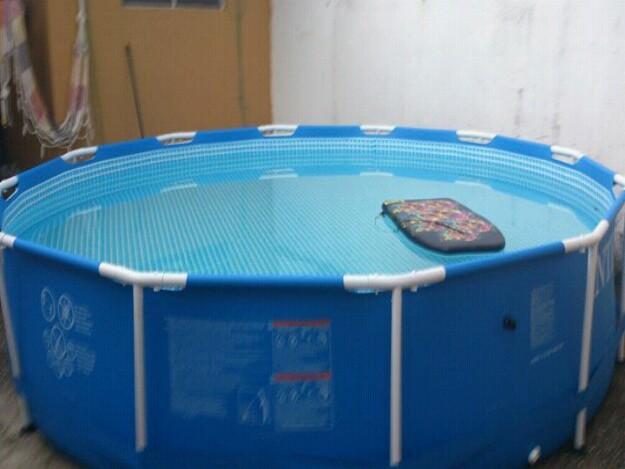 barbada vende se piscina de vinil de 7 mil litros com