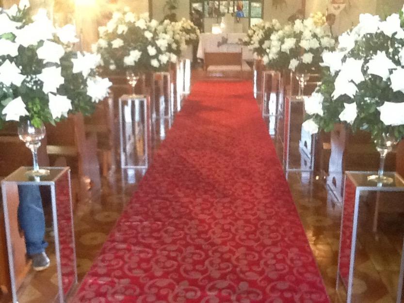 para decoração de casamentos pilares revestidos de espelho para