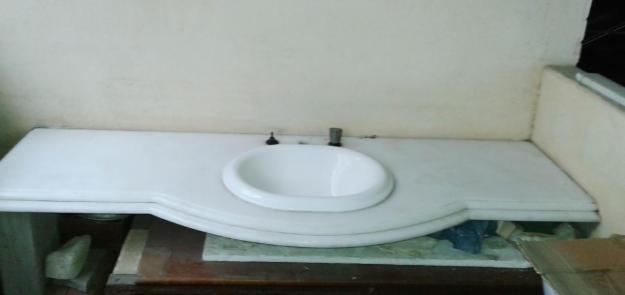 pia para banheiro em marmore branco  Vazlon Brasil -> Pia De Banheiro Lateral