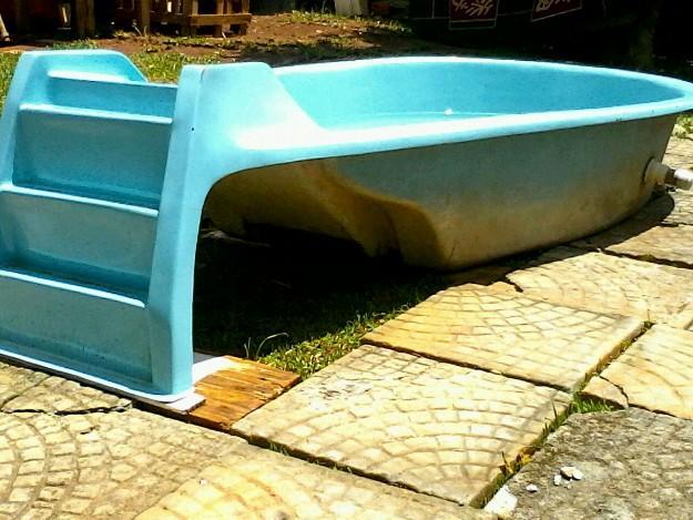 Escorregador em fibra para piscina vazlon brasil for Vendo piscina de fibra