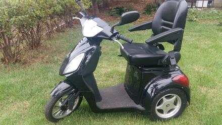 Mini Moto Eletrica Muito Bonita Tipo Triciclo 2 Ofertas