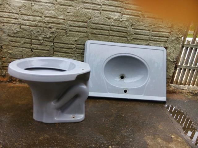 vaso para banheiro cinza  Vazlon Brasil -> Jogo De Banheiro Pia E Vaso Sanitario