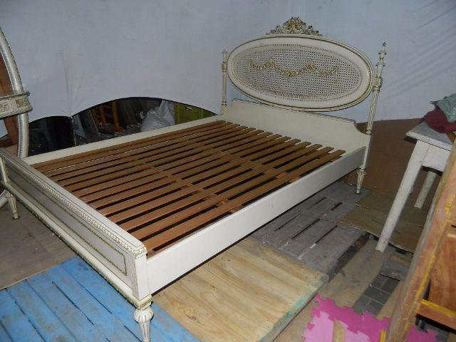 Armario e cama do seculo estilo luis xv paris fr vazlon for Cama luis xv