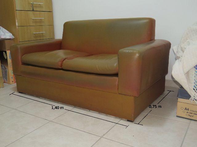 Sofa marrom de 2 lugares novinho vazlon brasil for Sofa 02 lugares