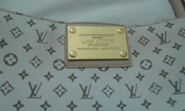 fe5d441c9 Bolsa Louis Vuitton Usada   The Art of Mike Mignola
