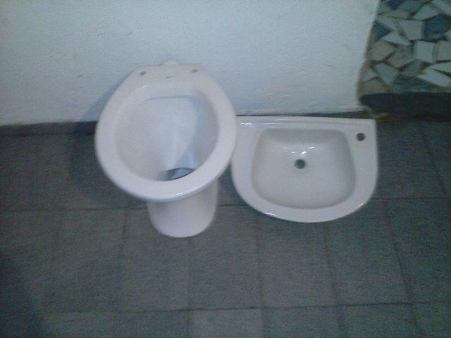 bacia e pia para banheiro  Vazlon Brasil -> Pia Banheiro Bacia
