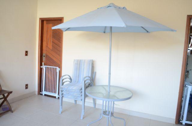 mesa jardim ombrelone:mesa com 4 cadeiras mais ombrelone mesa com tampo de vidro mais