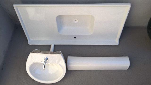 pia de banheiro branca da celite com sifao acessorios e  Vazlon Brasil -> Pia Para Banheiro Celite