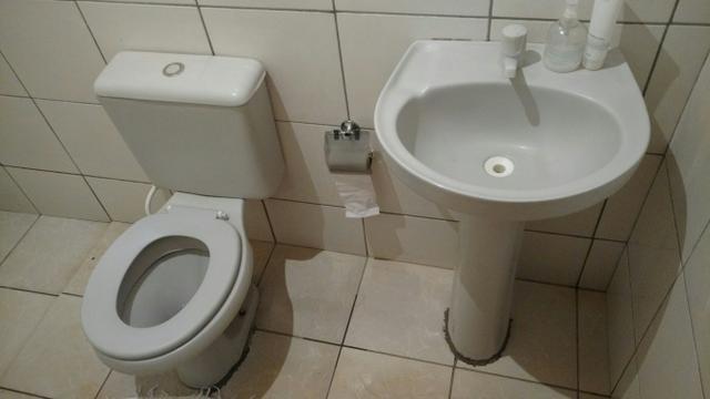 lavatorio c coluna e com torneira logasa pia banheiro  Vazlon Brasil -> Rabicho De Pia De Banheiro