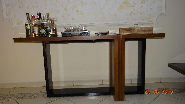 Selma Russo Artesanato ~ aparador em madeira vidro preto e laca Vazlon Brasil
