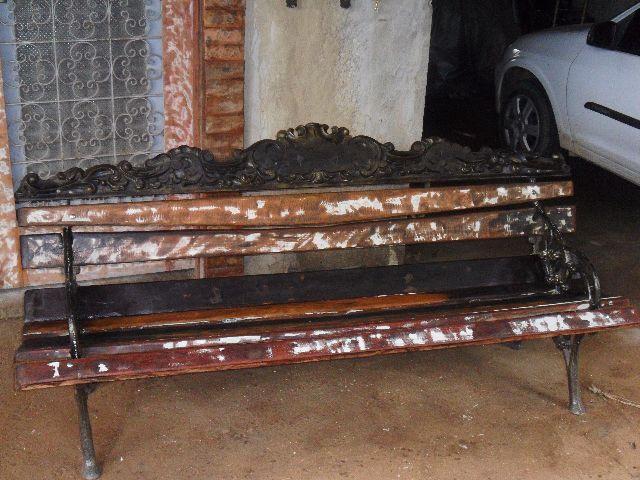 banco de jardim antigo : banco de jardim antigo:quadros de ferragem e madeira de demolicao