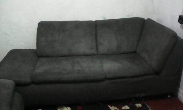 Sofa espacoso vazlon brasil for Sofa grande barato