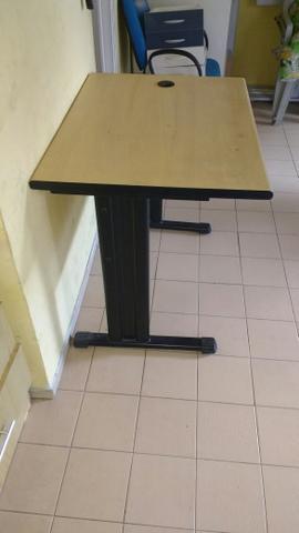 Mesa para escritorio barata vazlon brasil for Mesa escritorio barata