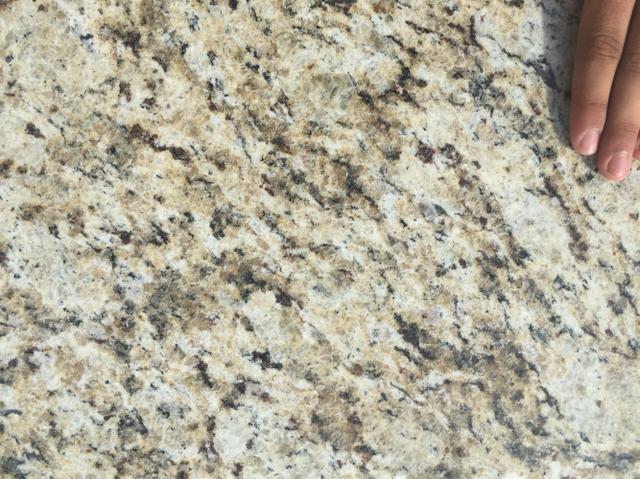 Amarelo icarai piso de granito direto da pedreira vazlon for Fabrica de granito
