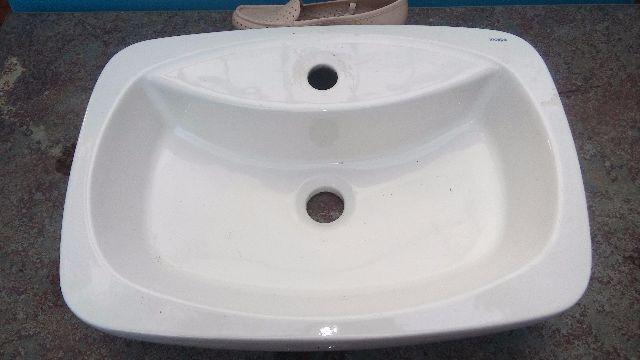 pia de marmore com cuba incepa semi nova  Vazlon Brasil -> Cuba Para Banheiro De Apoio Thema Biscuit Incepa