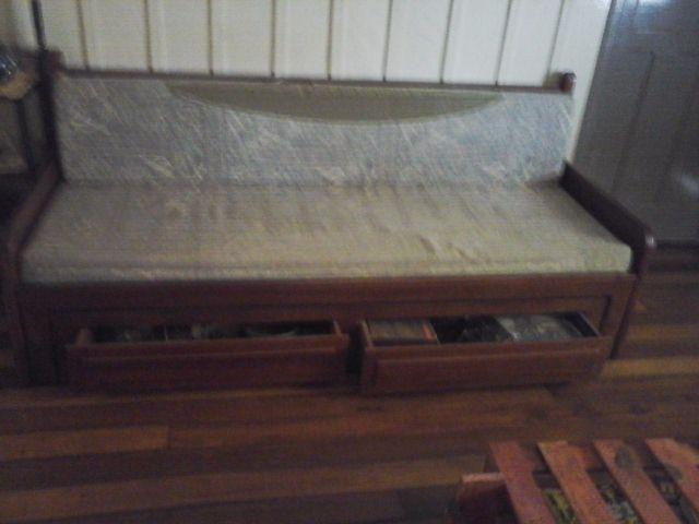 Cama de madeira estilo colonial vazlon brasil - Sofas estilo colonial ...