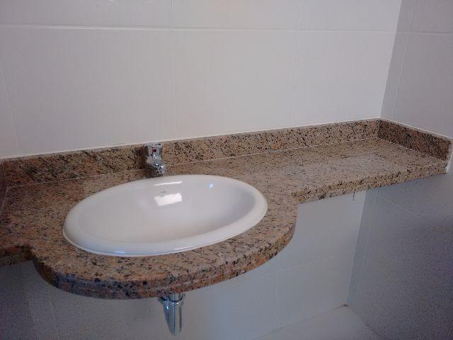 tampo em marmore para banheiro com cuba e torneira  Vazlon Brasil -> Cuba Banheiro Misturador