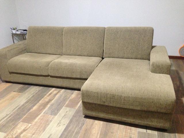 Sofa novo com tres lugares sendo um chaise vazlon brasil for Sofa 03 lugares com chaise