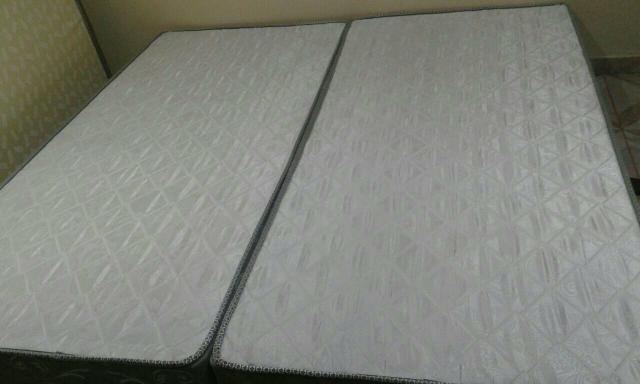 Cama box americana com colchao 2x2 vazlon brasil for Medidas camas americanas