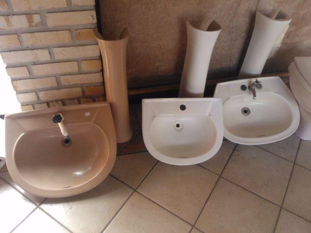 pia para banheiro com coluna  Vazlon Brasil -> Pia De Banheiro Com Coluna