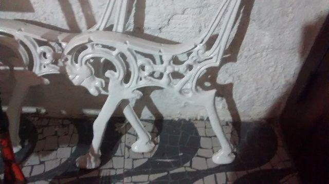 banco de jardim em pvc : banco de jardim em pvc:pé banco de jardim cavalo vendo pé de banco de jardim nas cores