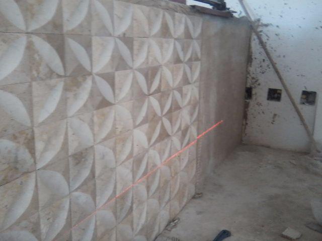 Assentador de ceramica e porcelanato vazlon brasil for Azulejo de porcelanato
