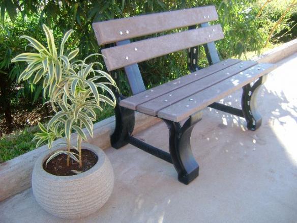 banco de jardim em madeira plástica:banco para jardim madeira plástica banco para jardim 100 % ecológico