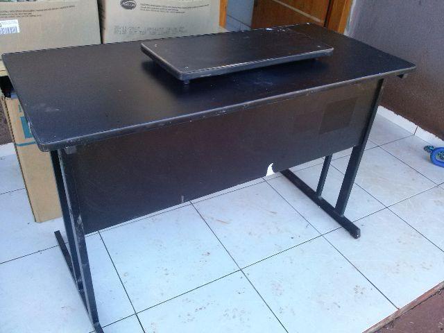 Mesa de escritorio muito barata confira vazlon brasil for Mesa escritorio barata